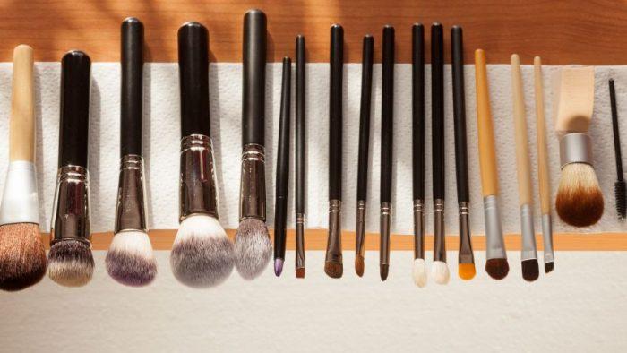 limpieza brochas maquillaje
